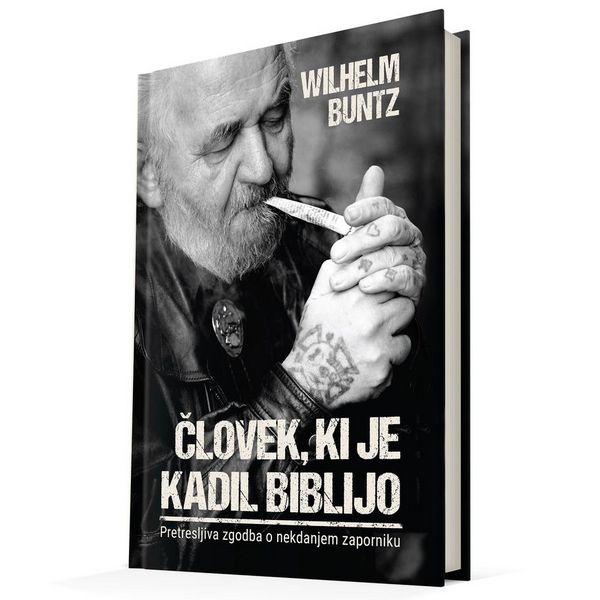 Dobra knjiga Clovek, ki je kadil Biblijo